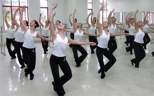 形体舞蹈图片,深圳形体舞蹈图片,形体舞蹈课程