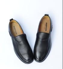 新款美恒王男士休閑皮鞋批發