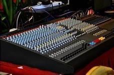 東莞市酒吧功放音箱設備回收 迪廳功放設備